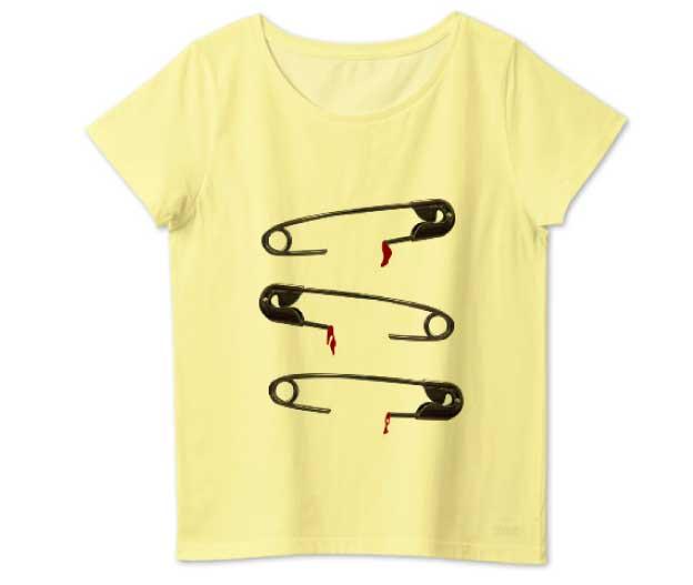 痛い安全ピンのレディースTシャツ イエロー