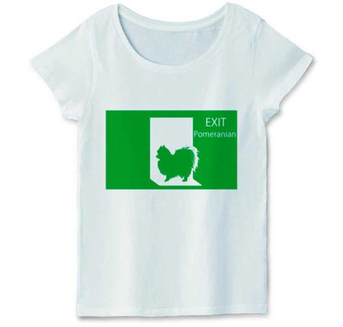 ポメラニアンの非常口Tシャツ