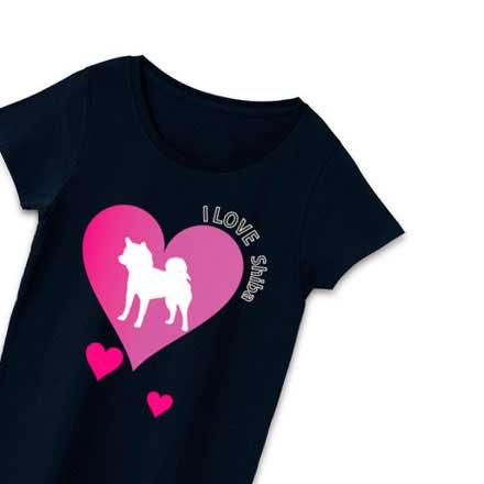 柴犬ハートマークのブラックTシャツ