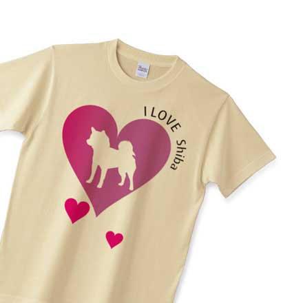 ナチュラルボディのハートマーク柴犬tシャツ