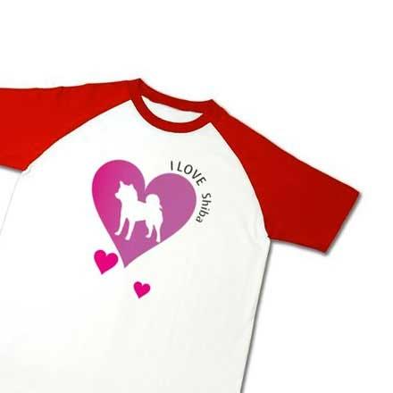 ハートラグランの赤色袖柴犬Tシャツ