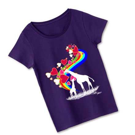 紫の濃色ボディーキリンと虹レディースTシャツ
