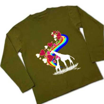 虹とキリンの茶色長袖Tシャツ