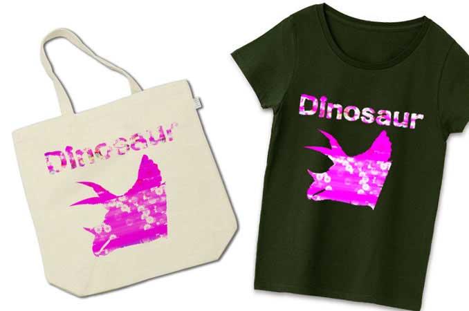 トリケラトプス恐竜Tシャツ