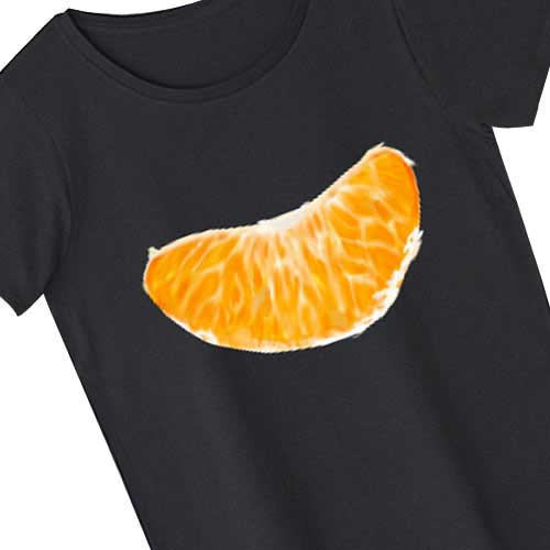 剥いたみかんがモチーフのTシャツ