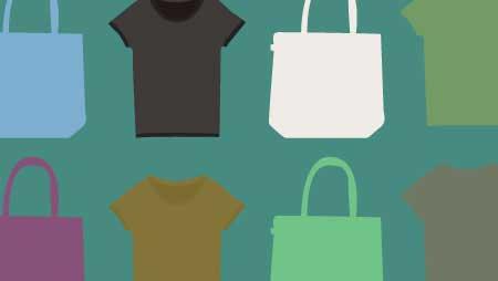 色々なカラーのTシャツとトートバッグ