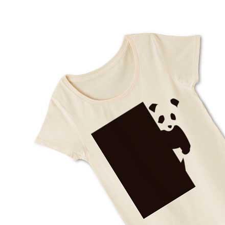 ベージュのシンプルパンダレディースTシャツ