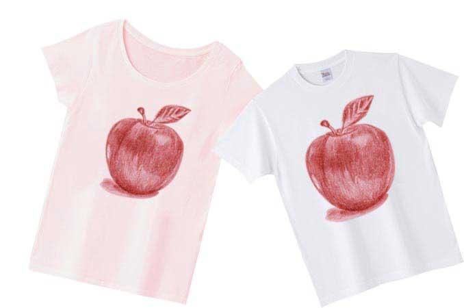 手描きのりんごTシャツ