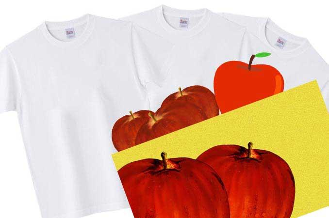 りんごのモチーフとホワイトTシャツ