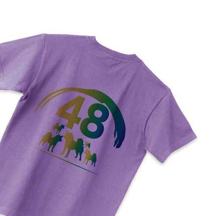 パープルボディの柴犬48バックプリントTシャツ