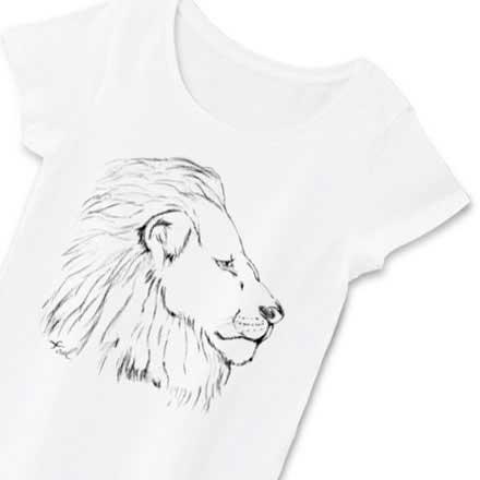 レディース用ボディホワイト手描きのライオンTシャツ